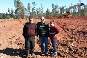 Frantz entre a família empreendedora da localidade de Faxinal do Silva Jorge. (Foto: Divulgação)