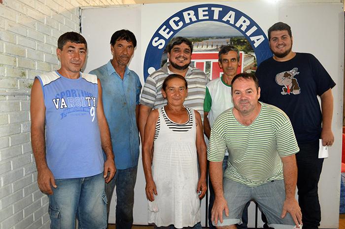 Secretário juntamente com toda sua equipe de trabalho. (Foto: Lautenir Azevedo Junior / Divulgação)