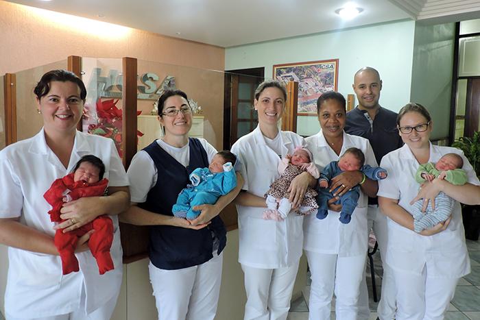 Os nascimentos causaram alegria na equipe do Hospital. (Foto: Divulgação)